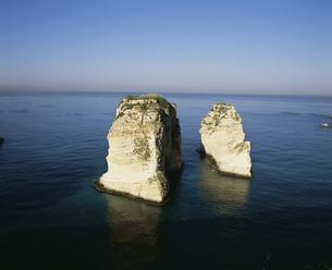 ハトの岩の写真素材 [FYI04011491]