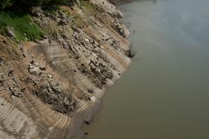 草木ダムの渇水の写真素材 [FYI04011711]