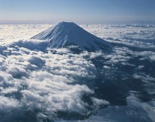 山中湖上空より富士山の写真素材 [FYI04014556]