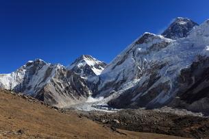 エベレスト山群の写真素材 [FYI04016726]