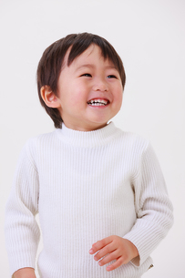 笑顔の男の子の写真素材 [FYI04018940]