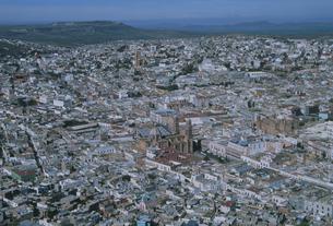大聖堂と市街地中心部の写真素材 [FYI04019326]