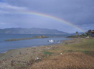 虹と油谷湾の写真素材 [FYI04019803]