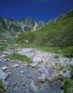 中央アルプス千畳敷カールと宝剣岳の写真素材 [FYI04021016]
