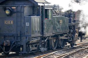 大井川鐡道の蒸気機関車の写真素材 [FYI04022496]