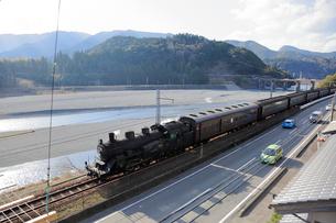 大井川鐡道の蒸気機関車の写真素材 [FYI04022497]