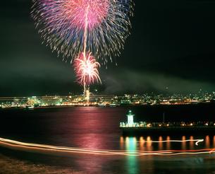 海峡花火大会の写真素材 [FYI04023741]