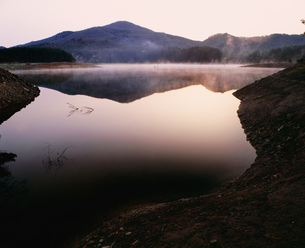 聖湖湖畔の写真素材 [FYI04023772]