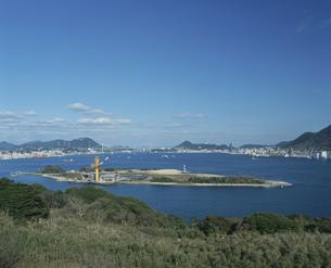 巌流島と関門橋の写真素材 [FYI04023807]