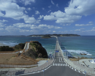 角島大橋(角島)の写真素材 [FYI04023836]