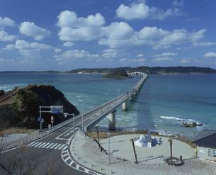 角島大橋(角島)の写真素材 [FYI04023837]