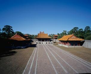 清福陵方城より望む伽藍の写真素材 [FYI04025861]