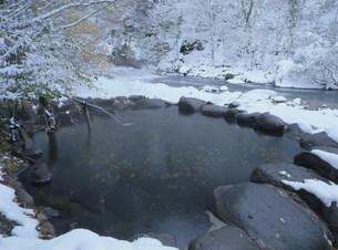 冬の鷹の湯温泉 秋の宮温泉郷の写真素材 [FYI04026370]