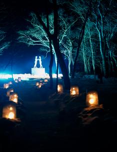 十和田湖冬物語 乙女の像の写真素材 [FYI04026489]