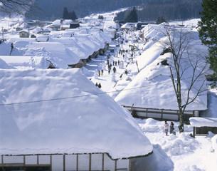 冬の大内宿の写真素材 [FYI04026796]