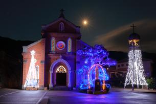 青砂ヶ浦教会 長崎県 新上五島町 クリスマスの写真素材 [FYI04027528]