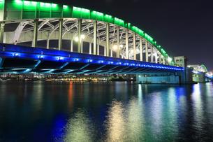 勝鬨橋 夜景の写真素材 [FYI04027547]