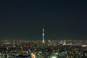 東京スカイツリー 夜景ライトアップの写真素材 [FYI04027579]