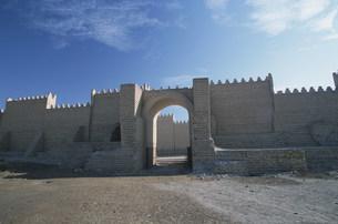 バビロン遺跡 囲壁の写真素材 [FYI04027684]