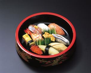 寿司盛り合わせの写真素材 [FYI04028197]