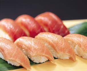 寿司マグロの写真素材 [FYI04028200]