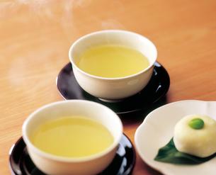 緑茶と饅頭の写真素材 [FYI04028288]