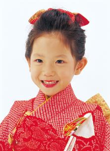 七五三の七歳の女の子の写真素材 [FYI04028364]