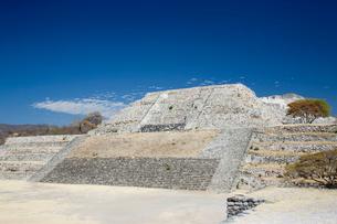 ソチカルコ遺跡のピラミッドの写真素材 [FYI04029315]