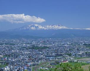 大雪山と旭川市内の写真素材 [FYI04029614]