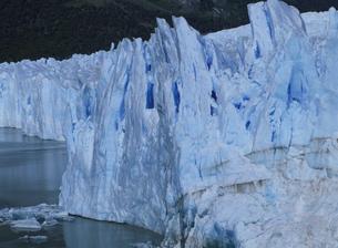 ペリト・モレノ氷河の写真素材 [FYI04029765]