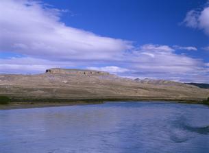 レオナ川周辺の風景の写真素材 [FYI04029798]