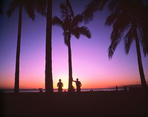ワイキキビーチの夕景の写真素材 [FYI04030350]