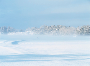 雪の白沢の写真素材 [FYI04032757]