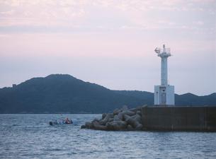 菅島 じんかん船(精霊送り)の写真素材 [FYI04032816]
