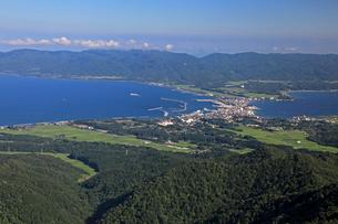 両津湾と加茂湖の写真素材 [FYI04036118]