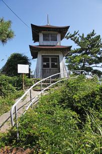 善宝寺の旧灯台の写真素材 [FYI04036123]