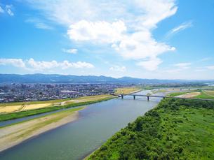 信濃川と大手大橋の写真素材 [FYI04036124]