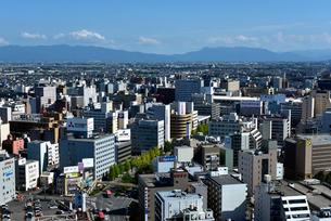 メディアシップから見る町の風景の写真素材 [FYI04036169]