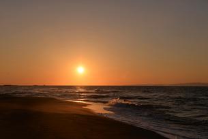 秋の日本海の小針浜の写真素材 [FYI04036172]