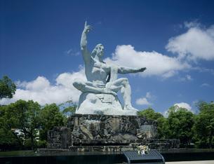 平和祈念像の写真素材 [FYI04036870]