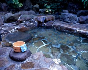 露天風呂の写真素材 [FYI04036958]