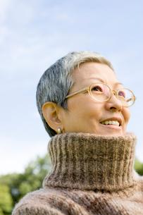 日本人のシニア女性の写真素材 [FYI04037534]