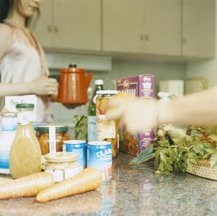 キッチンの食材の写真素材 [FYI04038088]