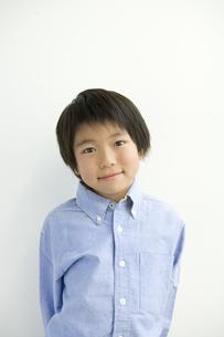 日本人男の子のポートレートの写真素材 [FYI04038644]