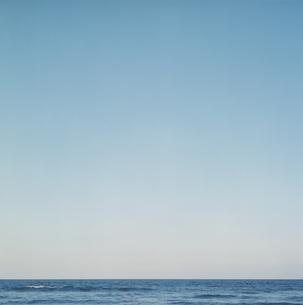 夕日で色づく太平洋の写真素材 [FYI04039894]