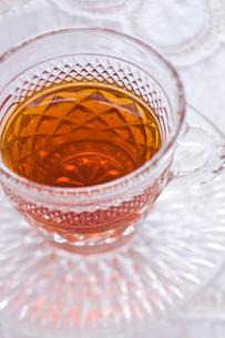 紅茶の入ったティーカップの写真素材 [FYI04040431]