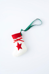 クリスマスイメージの靴下の写真素材 [FYI04041100]