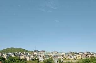 住宅と空の写真素材 [FYI04041161]