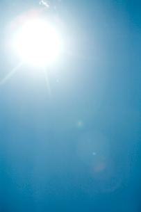 太陽と空の写真素材 [FYI04041168]