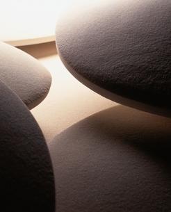 重なりあう曲線のある白砂の写真素材 [FYI04048816]